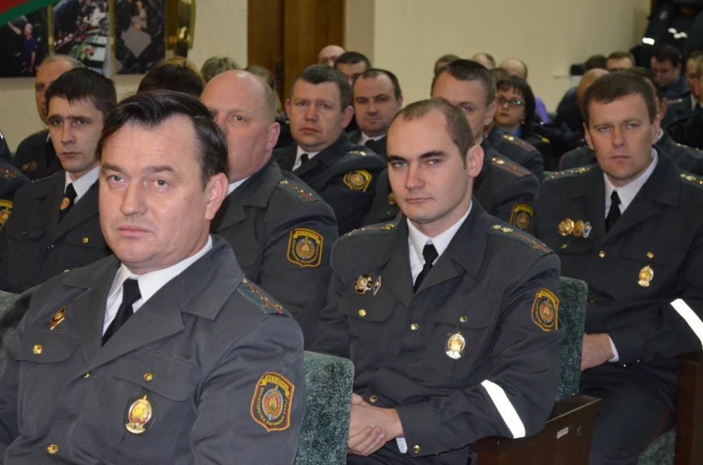 Участковый инспектор милиции призван помогать людям!