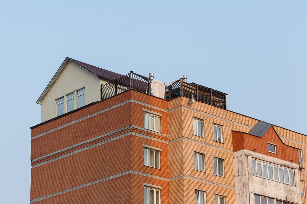 Коттедж на крыше многоэтажки. за $270 тысяч в минске продает.
