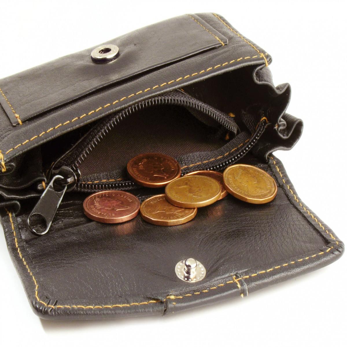 Бобруйские предприятия по-прежнему вовремя не выплачивают зарплату