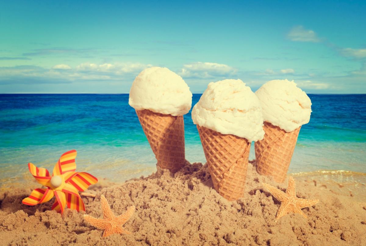 На бобруйских пляжах будут торговать мороженым и плавсредствами