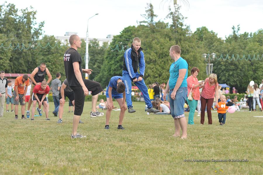 В воскресенье, 28 июня, на площади Ленина молодежь Бобруйска отмечала свой праздник – День молодежи