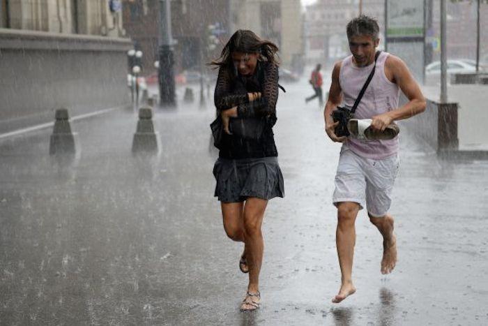 По Беларуси ожидаются кратковременные дожди, грозы, местами сильные ливни и град