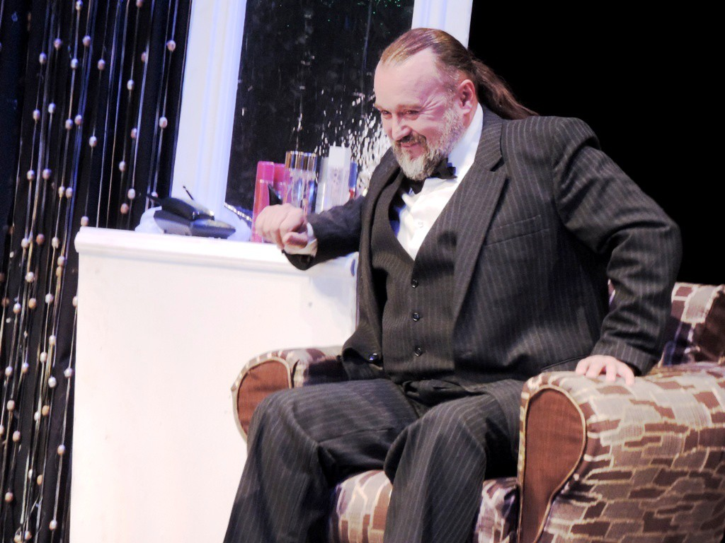 71-ый театральный сезон в Бобруйске открыт спектаклем «Дальше — тишина».