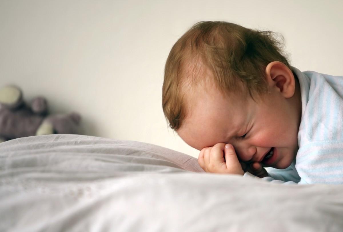 Бобруйчанка шваброй нанесла травму своему пятимесячному сыну