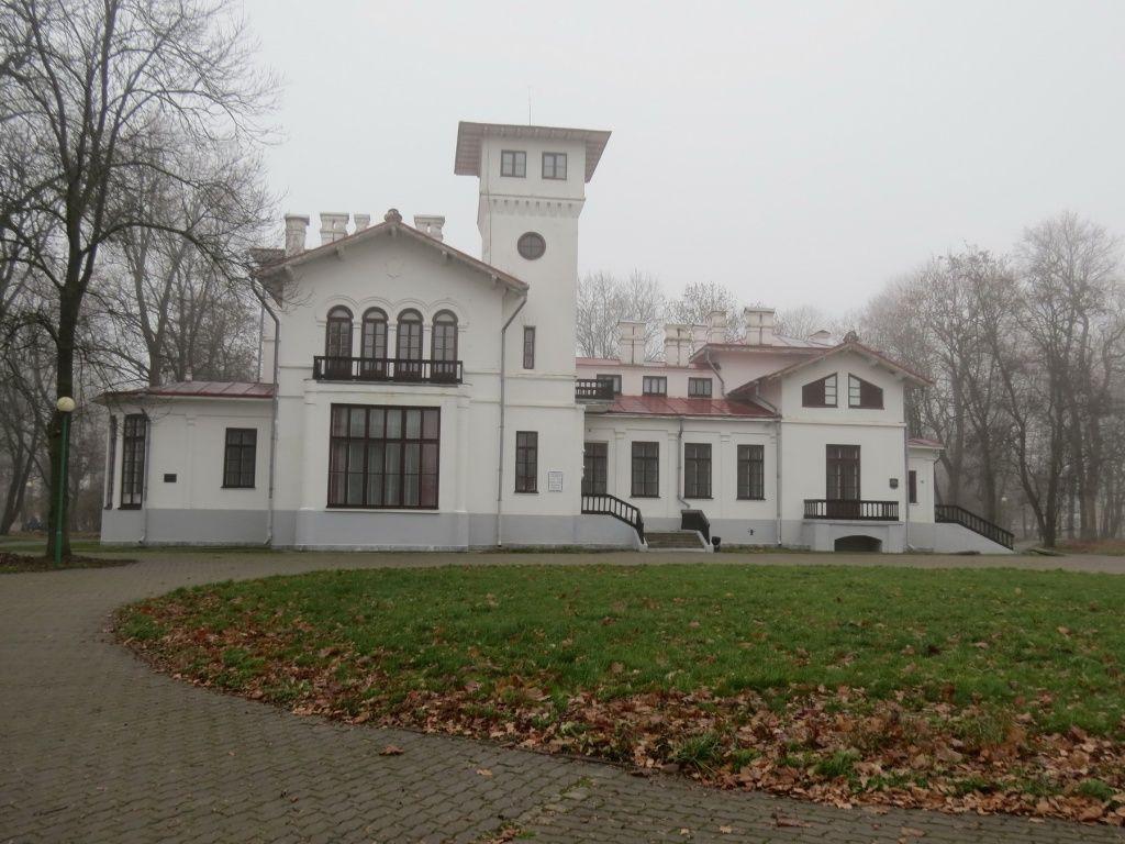 Московский предприниматель приобрел для музея в Пружанах уникальную медаль