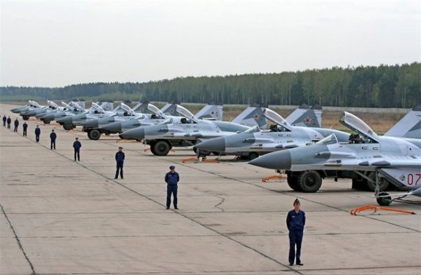 ВКС России: на базе в Бобруйске планируется разместить 12 самолетов и 4 вертолета