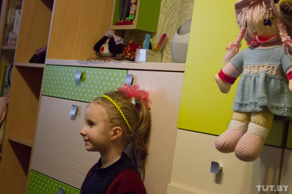 Забрать нельзя увидеться. В Бобруйске две матери конфликтуют из-за троих детей.
