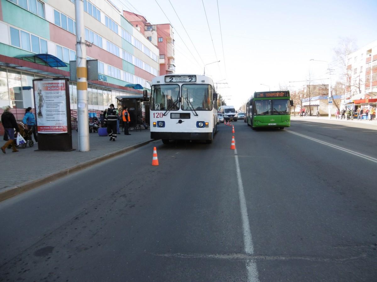 В Бобруйске произошло ДТП с участием троллейбуса.