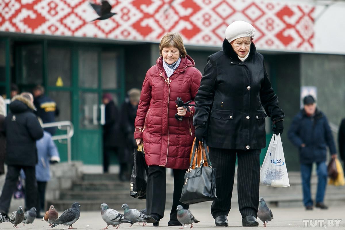 Суриков: пенсионный возраст надо повышать осторожно, люди могут просто выбрать другую страну