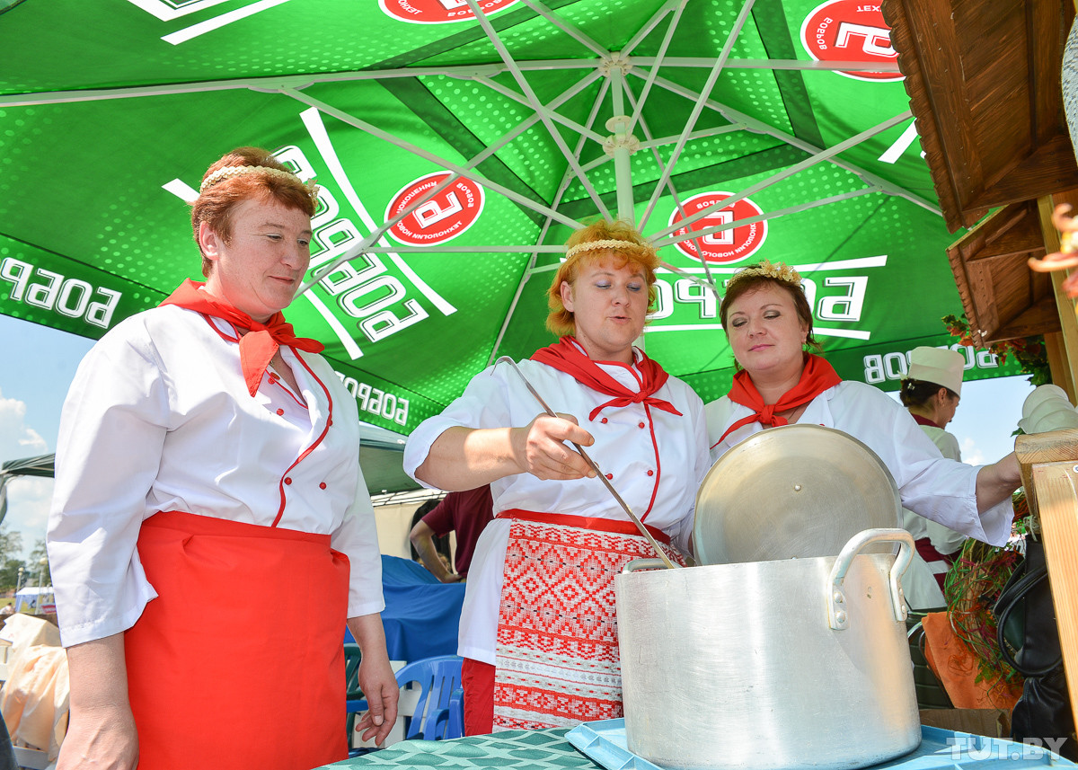 Шурпа за пожертвования. Как директора «Белшины» и «Красного пищевика» бобруйчанам еду готовили