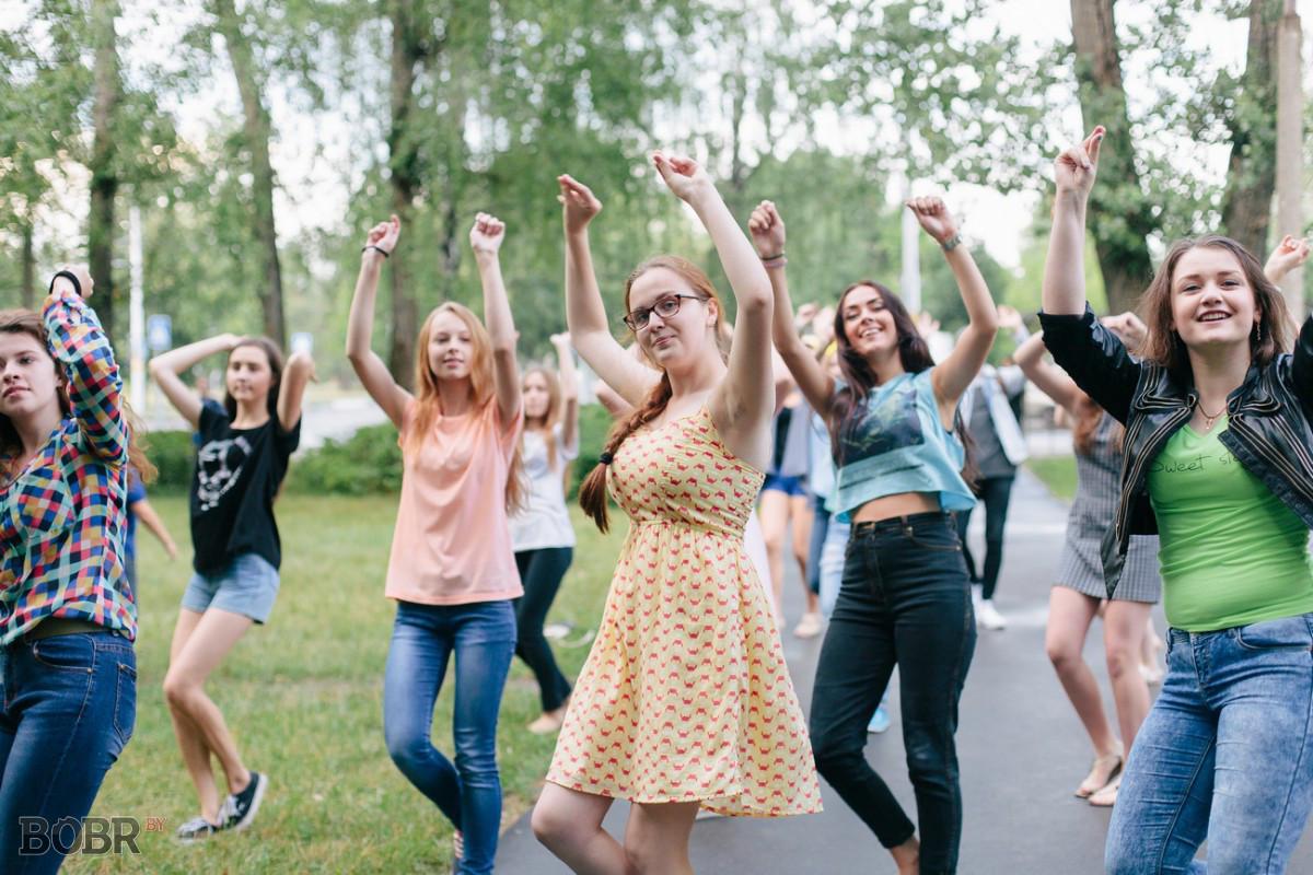 В Бобруйске состоялся танцевальный флешмоб