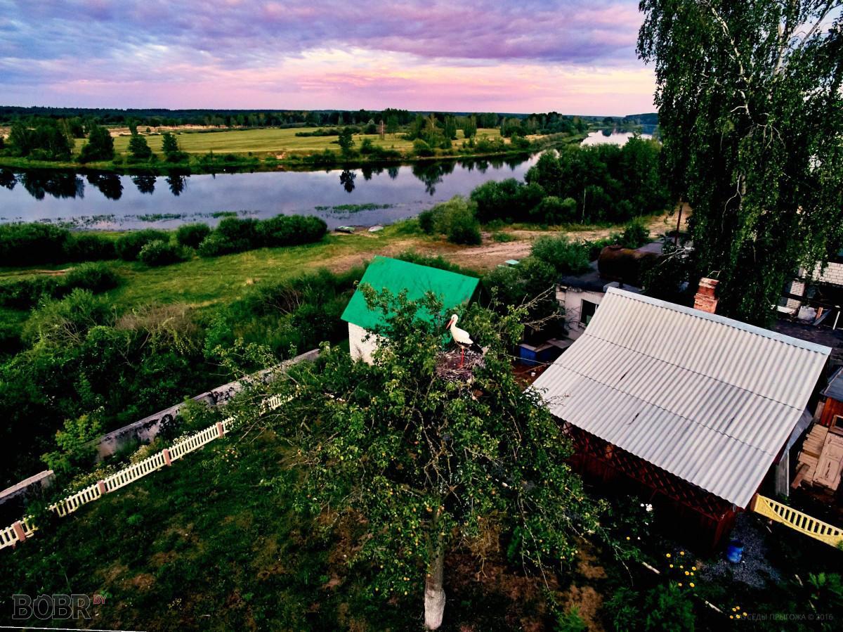 Вечер над деревней Ломы