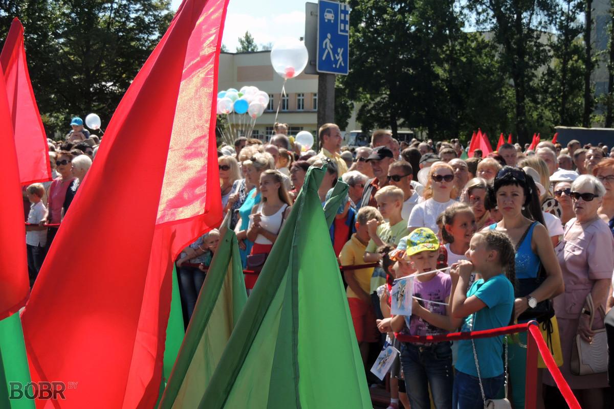 В Бобруйске открыли памятный знак воинам-авиаторам