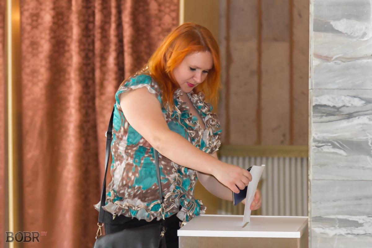 В Бобруйске проходят выборы депутатов Палаты представителей Национального собрания