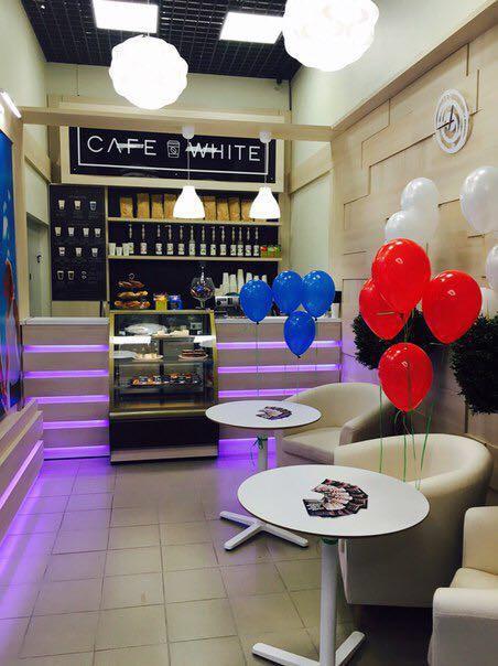 Акция в CAFE WHITE в период с 28.09 по 31.10 приведи друга и получи скидку на кофе для себя 50%.