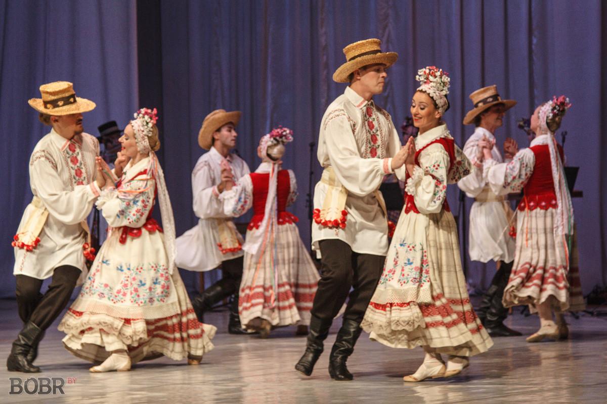 В Бобруйске выступил государственный хореографический ансамбль «Хорошки»