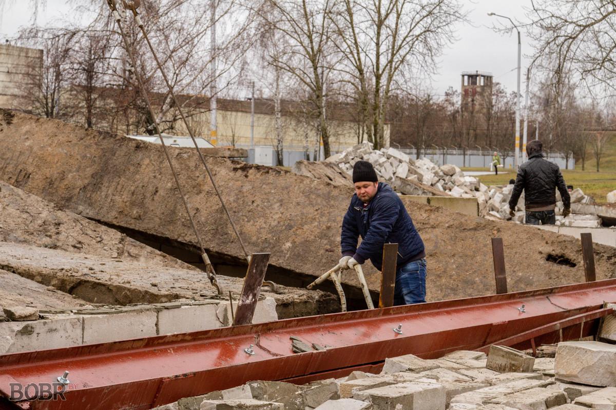 Обрушение нескольких автогаражей произошло в Бобруйске
