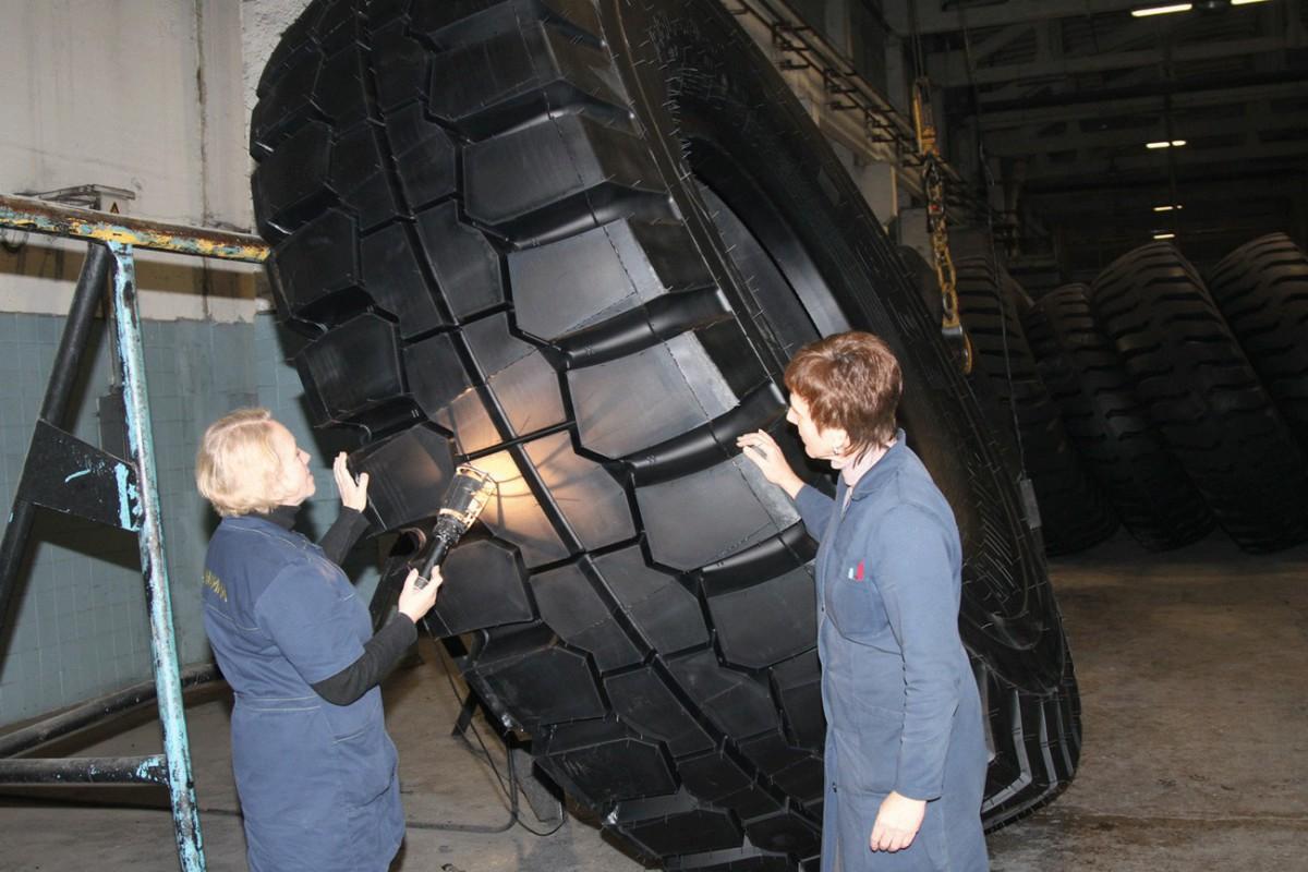 В Бобруйске выпустили шину рекордного диаметра