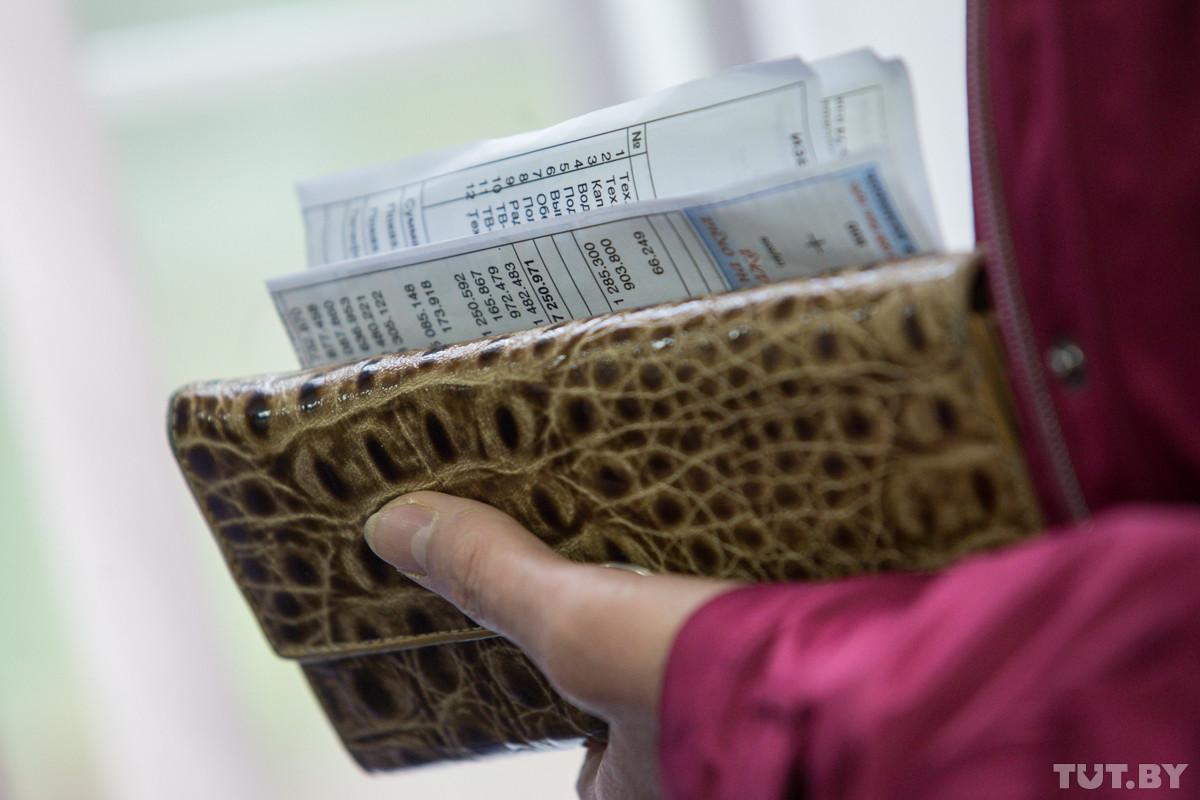 Совмин утвердил новые тарифы на «коммуналку». Какие услуги подорожают с 1 января
