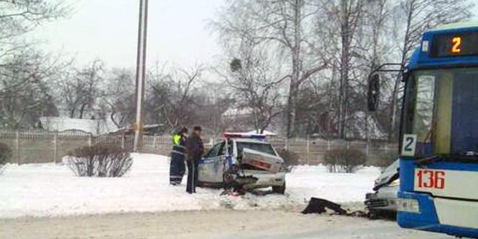 В Бобруйске произошла авария с участием автомобиля ГАИ