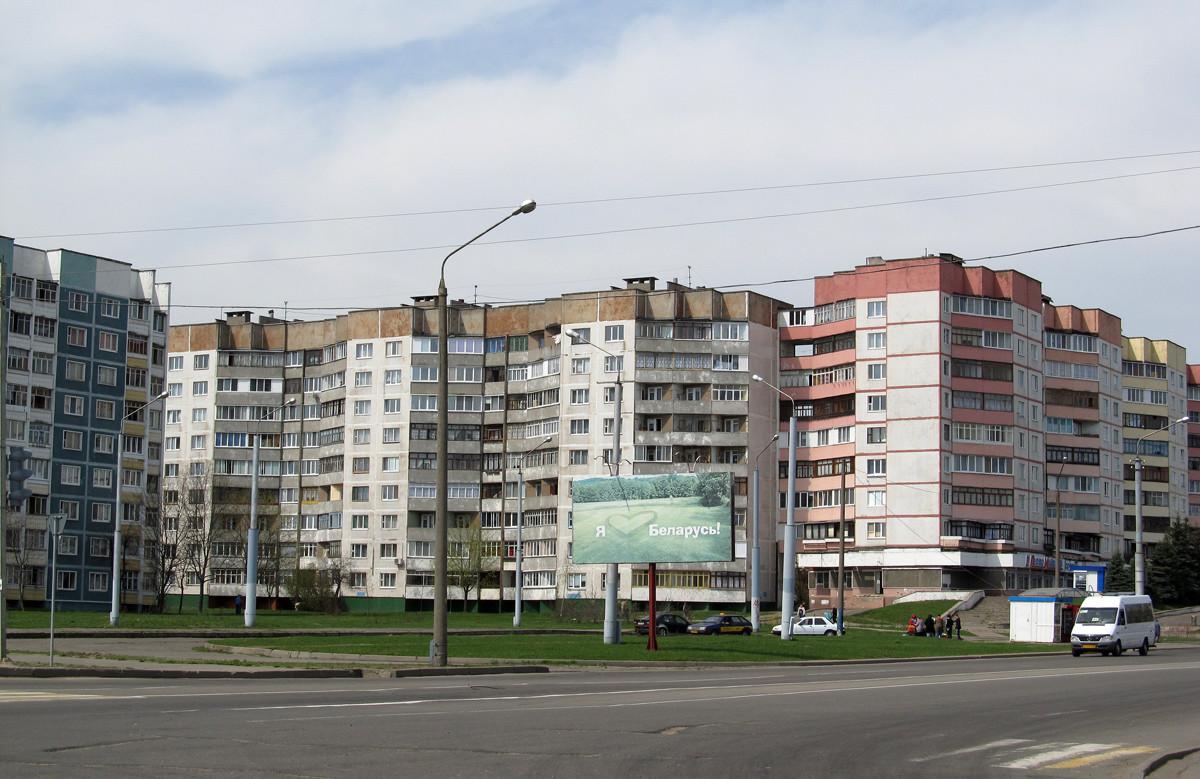 В Бобруйске мужчина выбросился из окна шестого этажа