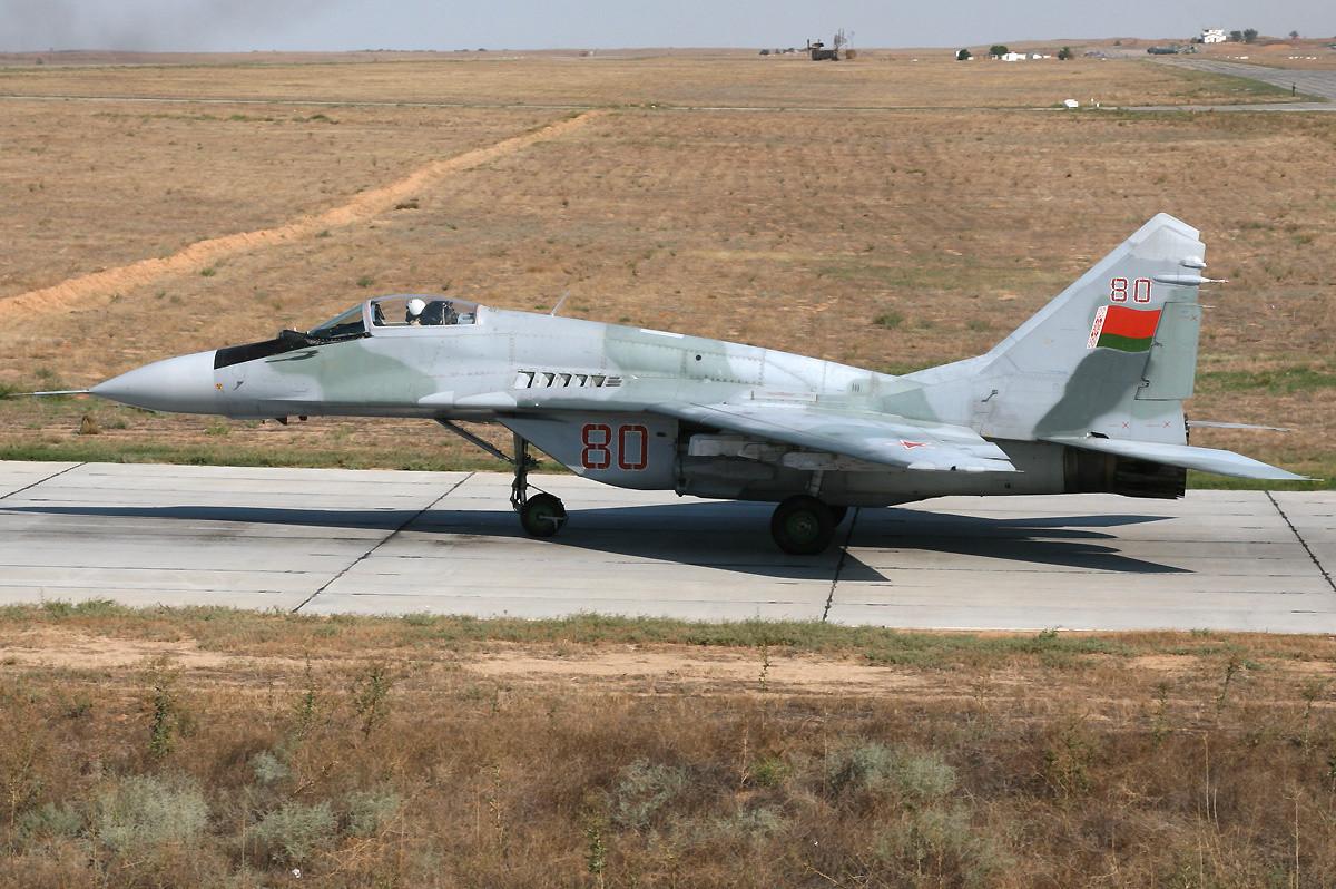 В Бобруйске упал самолет МиГ-29