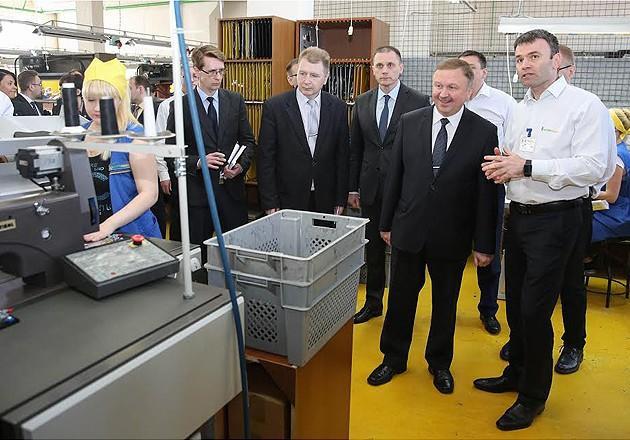 Премьер-министр Беларуси посетил ряд промышленных предприятий в Бобруйске