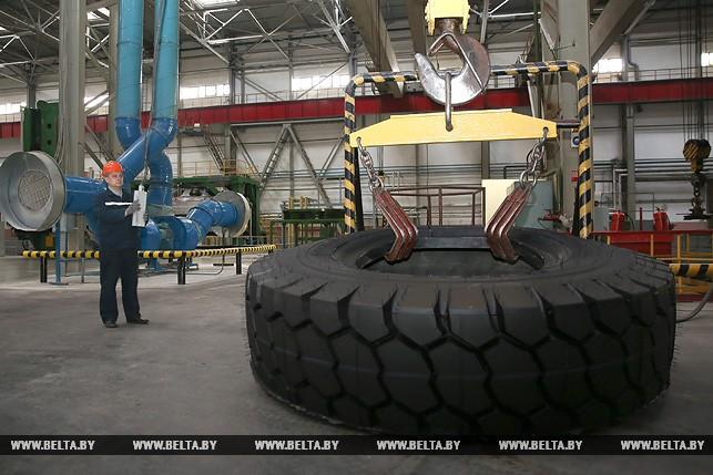 """На заводе """"Белшина""""."""