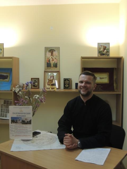 Когда душа зовет в места святые». Интервью с руководителем паломнической службы Бобруйской епархии Артемием Кушнером.