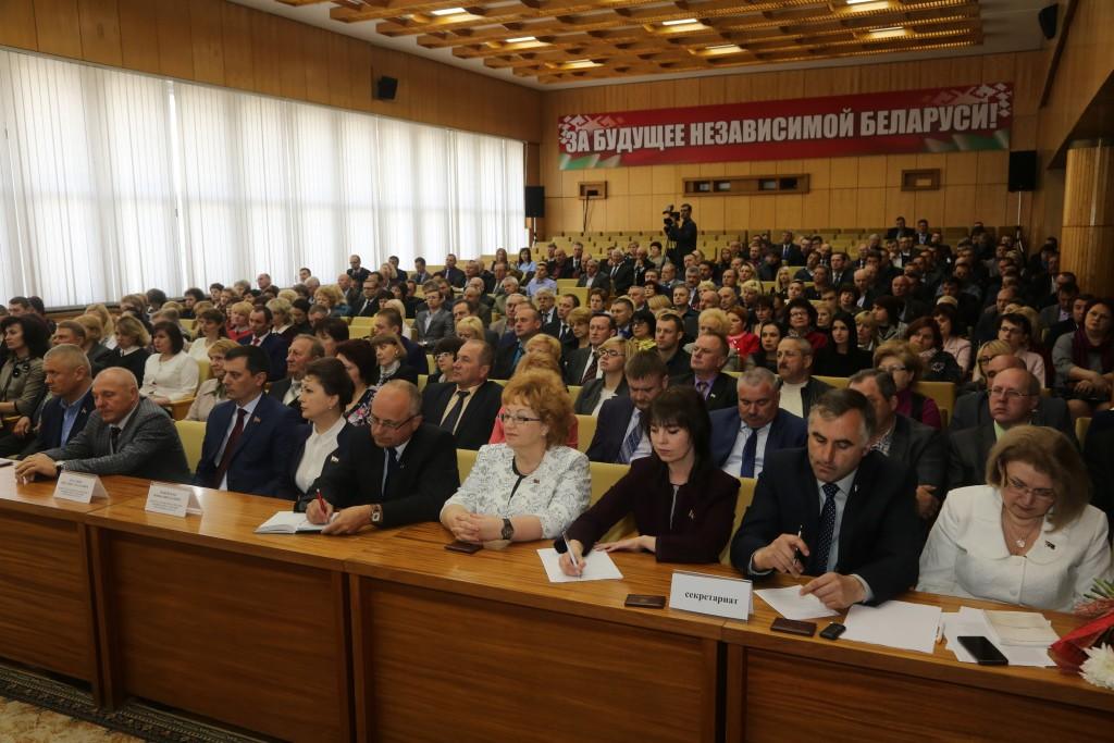Сессией  городского  Совета депутатов на должность председателя горисполкома утвержден А.В. Студнев