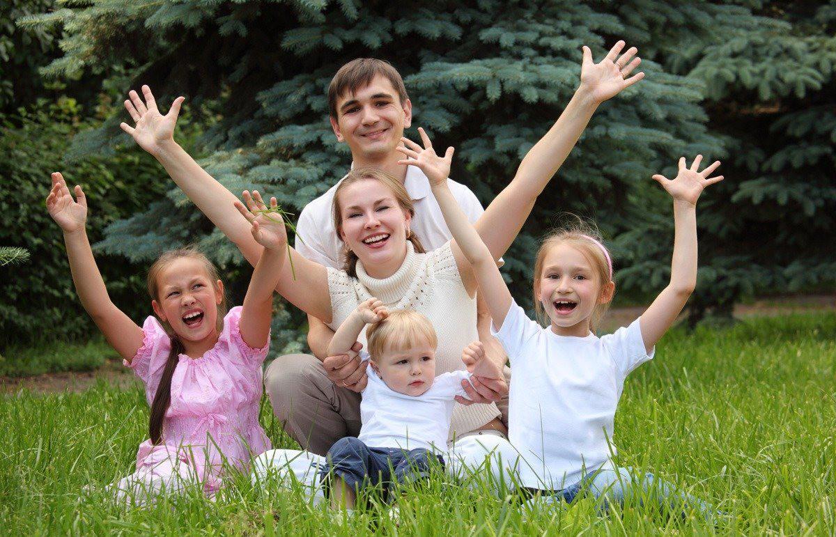 С июля в Беларуси изменятся правила начисления детских пособий