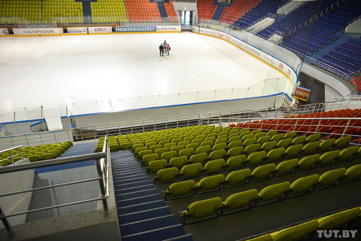 Как на «Бобруйск-Арене» сливают лед и в какую сумму обходятся затраты на электроэнергию