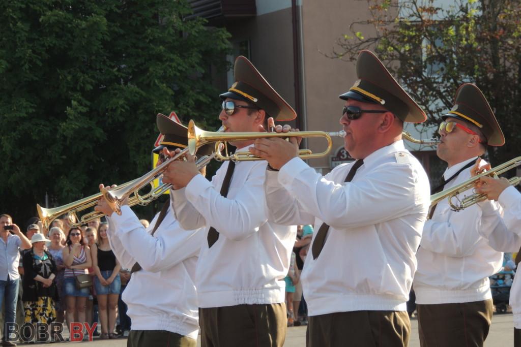 Марш-парад оркестров прошел в Бобруйске