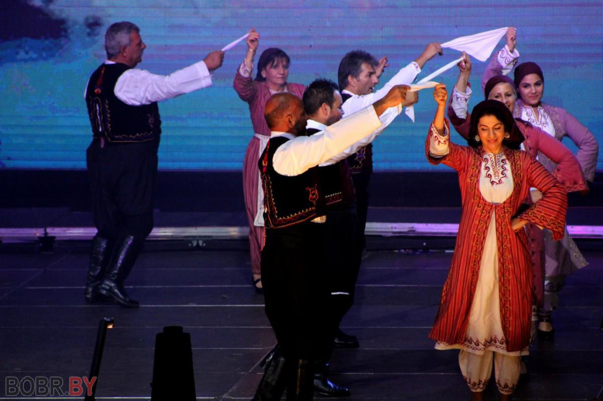 В «Бобруйск-Арена» открыли XIV Международный фестиваль народного творчества «Венок дружбы-2017»
