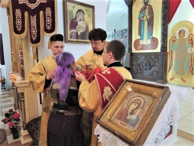 Воскресная Божественная литургия совершена в Никольском кафедральном соборе