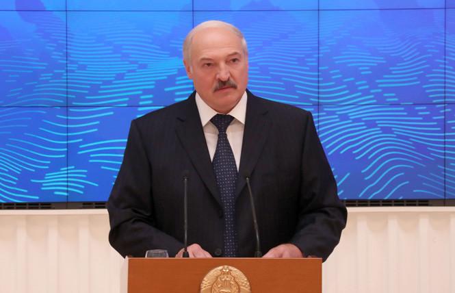 Лукашенко: Нужно думать, куда направлять электроэнергию после ввода в строй БелАЭС