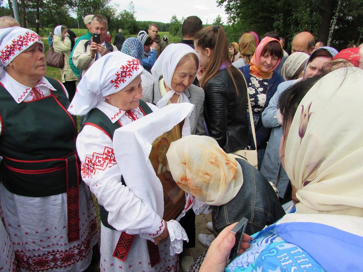 Престольный праздник возрождающегося храма во имя положения ризы Пресвятой Богородицы прошел 16 июля в агрогородке Горбацевичи Бобруйского района.