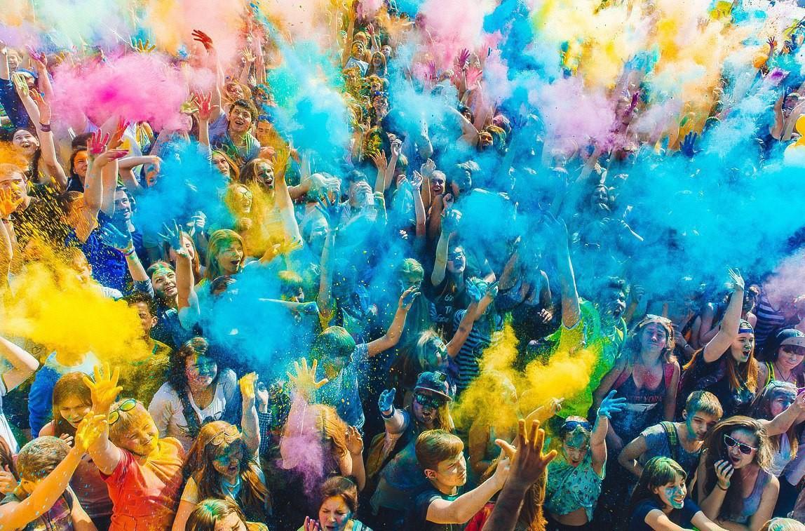 В Бобруйске пройдет фестиваль красок Холи «ColorFest»!