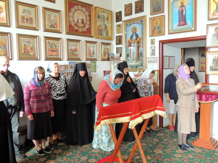 Божественная литургия в женском монастыре г. Бобруйска