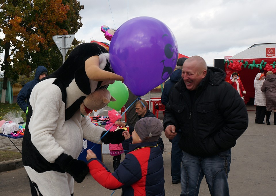«Дожинки» в Кличеве. Парад-шествие и награждение