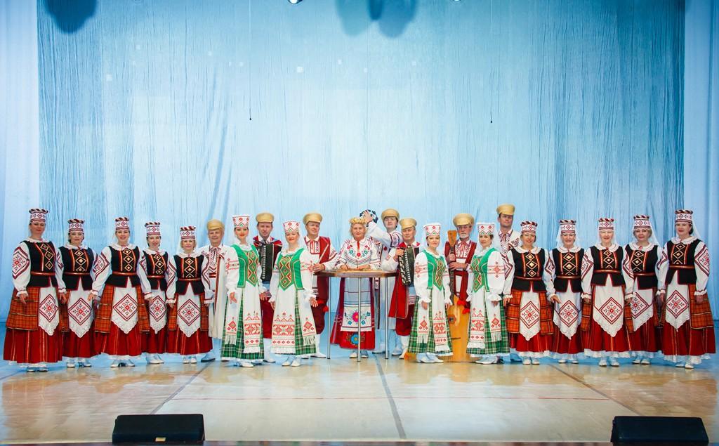 Заслуженный любительский коллектив Республики Беларусь хор народной песни им. В.Е. Балаханова приглашает мужчин.