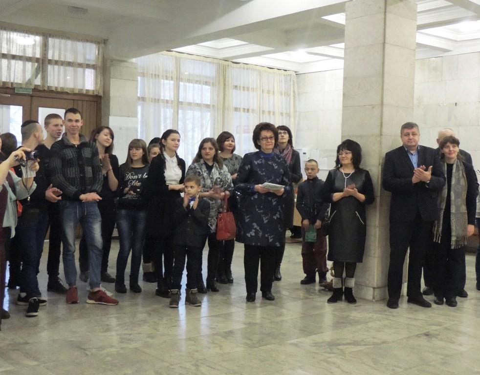 В Бобруйске состоялось торжественное открытие выставки - конкурса «Здравствуй, ёлка, Новый Год»