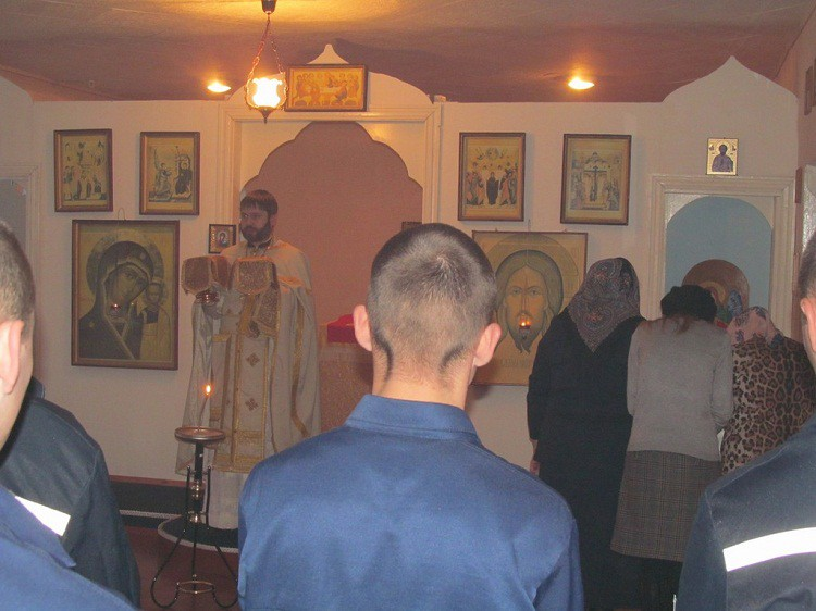Божественная литургия в «Воспитательной колонии №2» г. Бобруйска