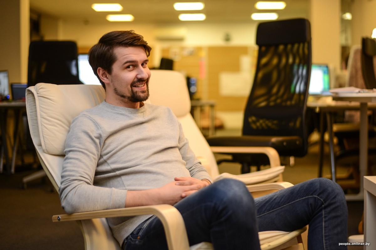 Александр Чернухо — журналист Onliner.by. Любит аргументы и логику. Не любит, когда много экспертов.