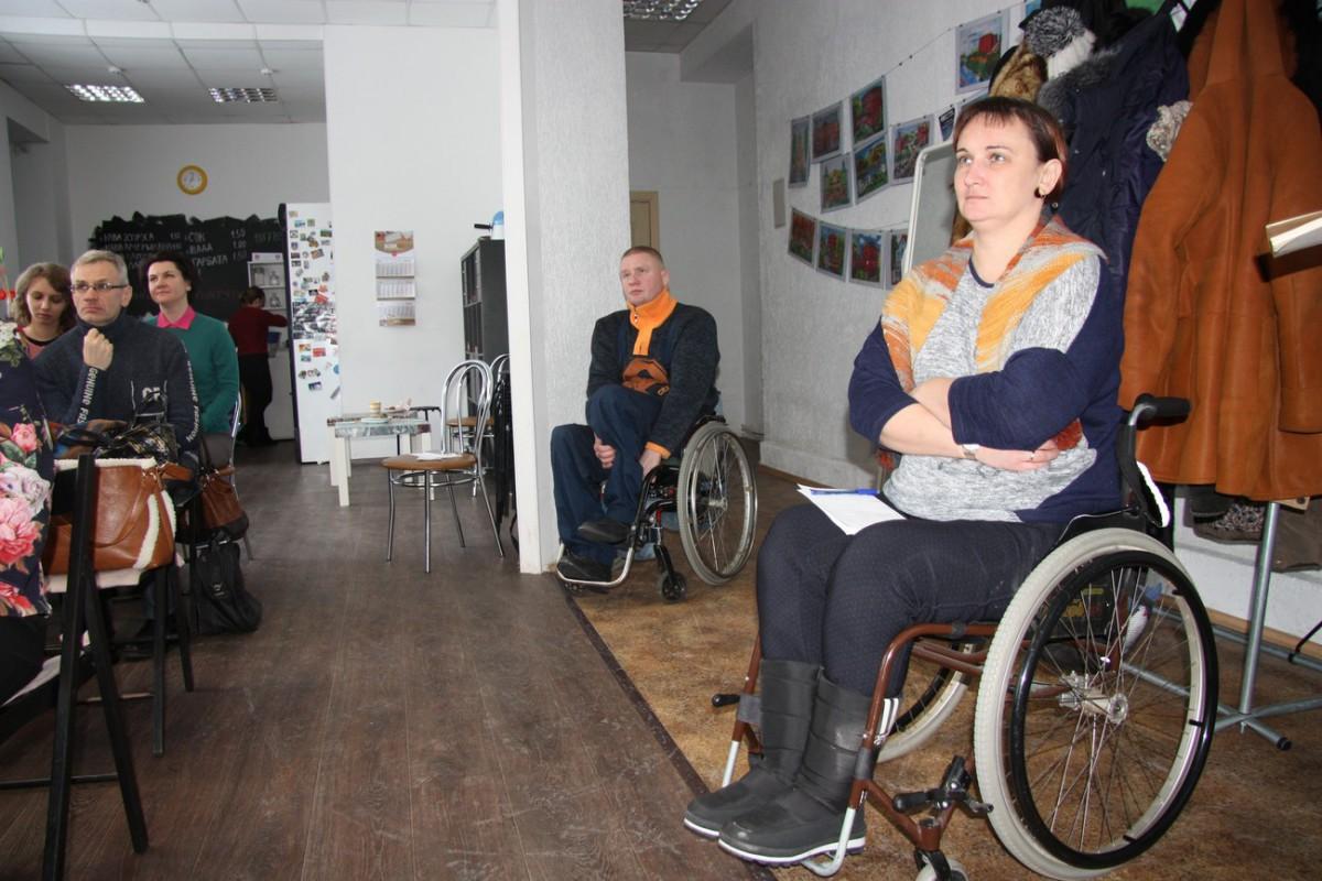 В Бобруйске проживает свыше дести тысяч инвалидов