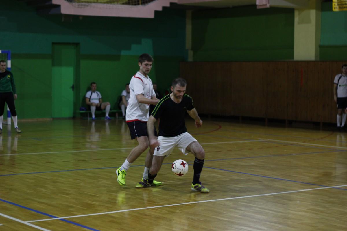 Старый Бульвар и Лесхоз провели нелёгкие матчи перед важнейшими матчами в концовке чемпионата. КХП и DEAF катком прошлись по соперникам.