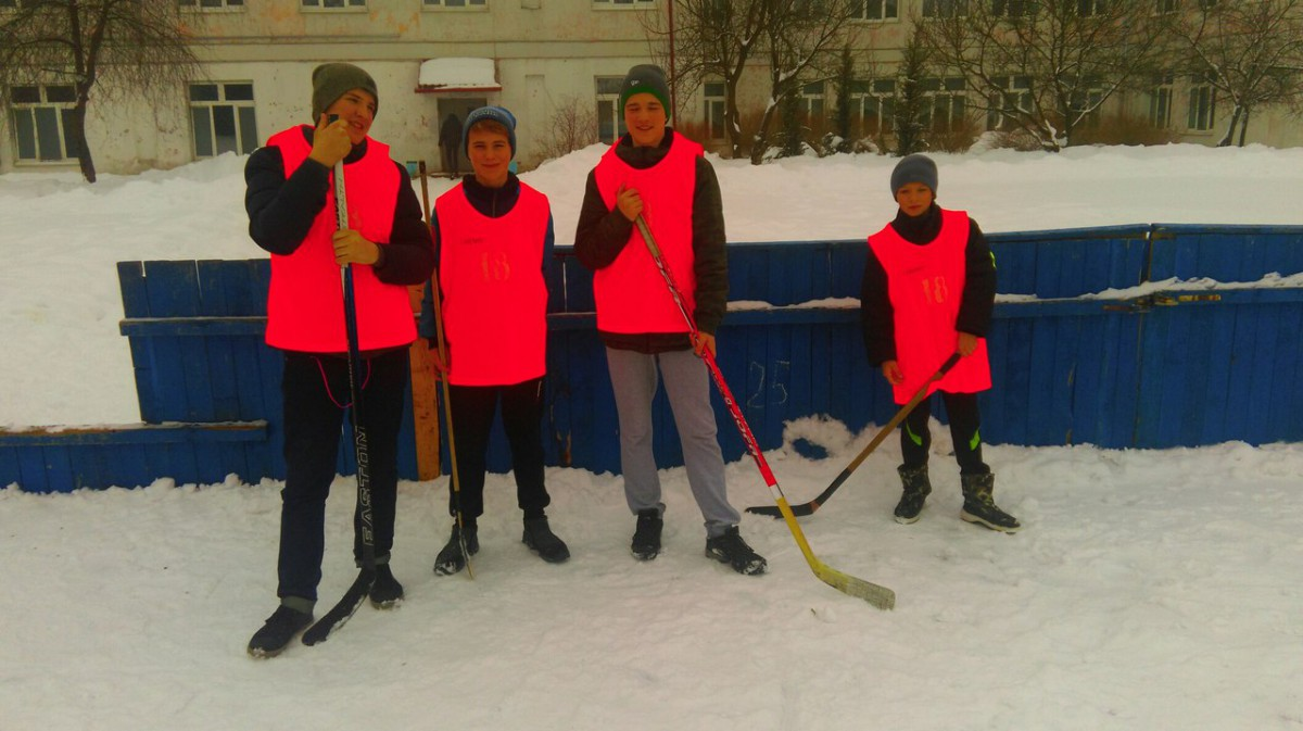 Последние зимние дни в Ленинском районе были насыщены спортивными мероприятиями