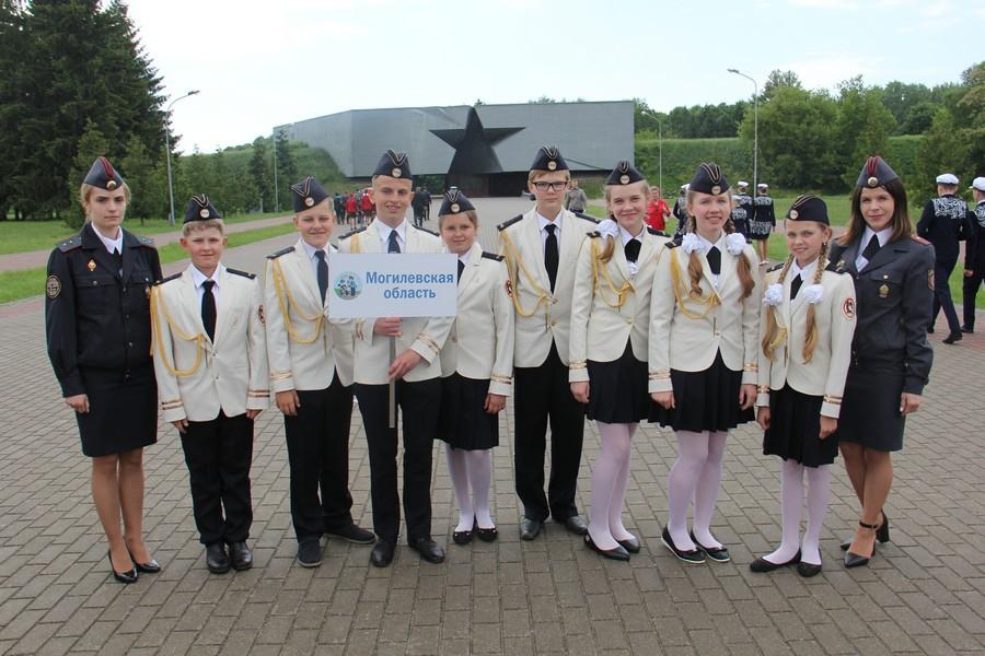 Поздравляем юных инспекторов движения гимназии № 2