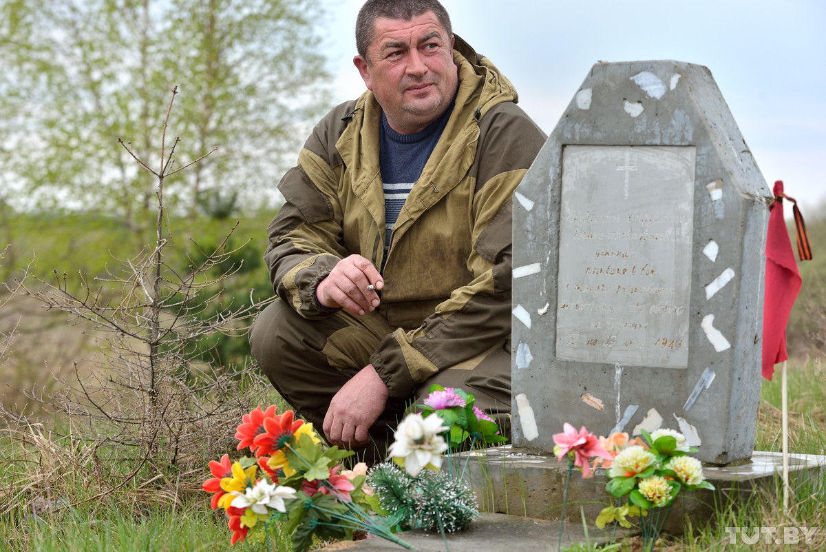 Память вне закона. В Бобруйске власти демонтировали «самовольный» памятник погибшим курсантам