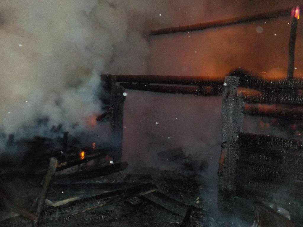 2 июля 2018 года в 23-50 на пульт спасателям поступило сообщение о пожаре жилого дома в деревне Величково Бобруйского района.